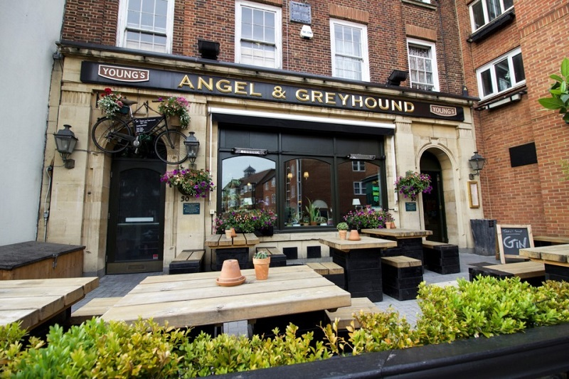 Bar The Angel and Greyhound em Oxford